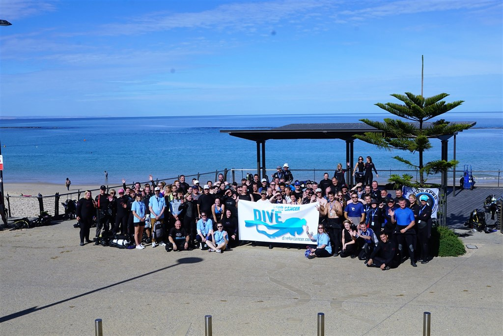DIVE FOR CANCER SET NEW RECORD