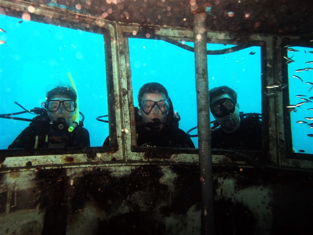 Scuba Diving Photo in HTMS Sattakut in Thailand