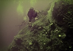 Scuba diving in Thirasia net in Greece